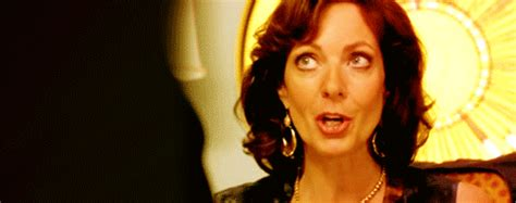 16 Reasons Allison Janney Ruined All Women For You