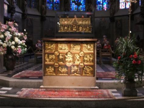 Charlemagne's tomb
