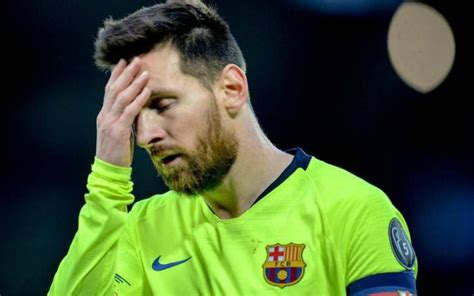Messi wants six Barcelona aces sold after Valencia loss