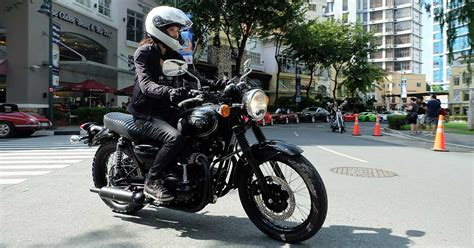House approves bill requiring motorcycle headlights to be