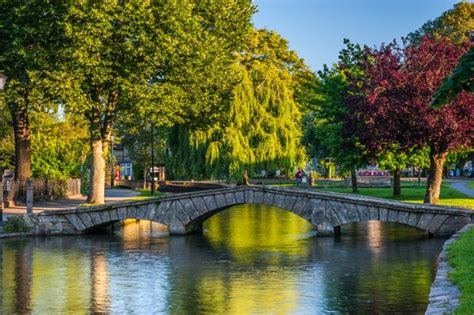 Cotswolds Travel and Tourism Information