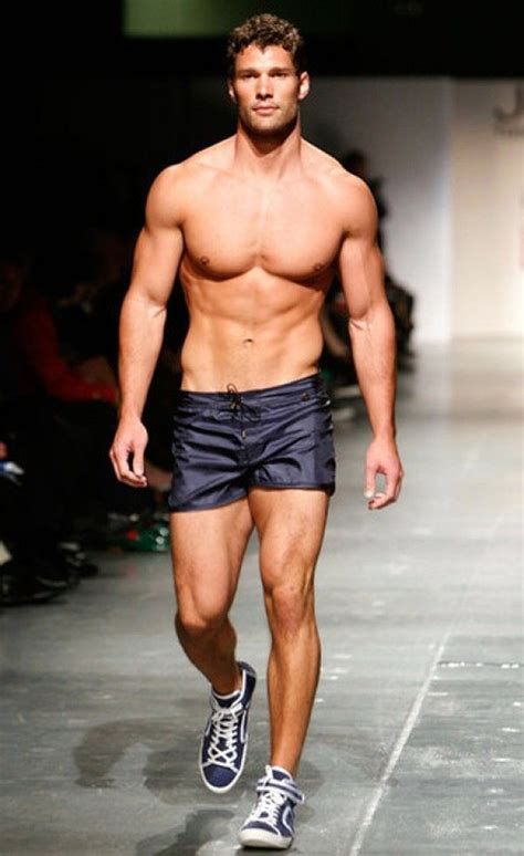 Favorite Hunks & Other Things: 12 Days: Aaron O'Connell in