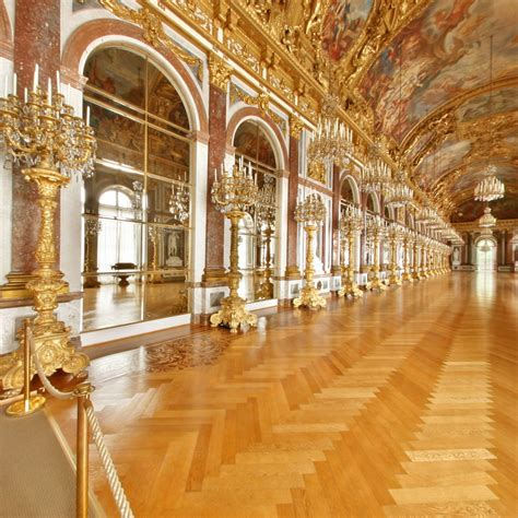 Herrenchiemsee Palace – a fairytale refuge for the