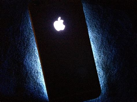 How to install a glowing Apple logo on iPhone 6s