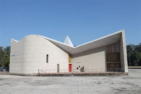 Le Corbusier: The promise and challenge of Chandigarh