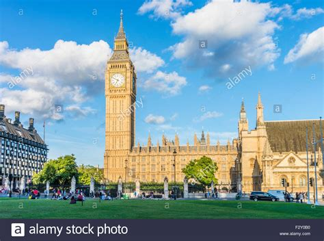 Big Ben clock tower above the Palace of Westminster and