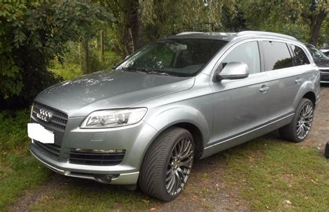Audi Q7 (2005-2015) - Where is VIN Number   Find Chassis