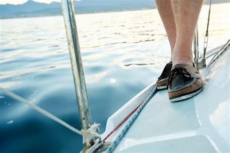 The 10 Best Boat Shoes For Sailing: 2018 Reviews & Deals   LHO
