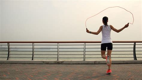 Jump Rope Basics: A Beginner's Guide To Skipping - Well