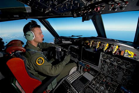 Malaysia Airlines Flight MH370: Australian Planes Search